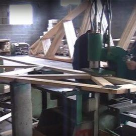 Сборка деревянных стропильных ферм на МЗП